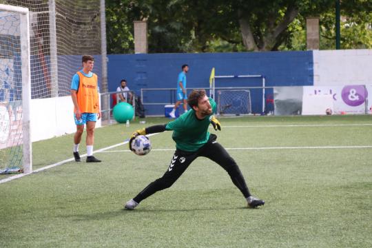 Edu Loscos, en un entrenamiento de pretemporada | CD Ebro