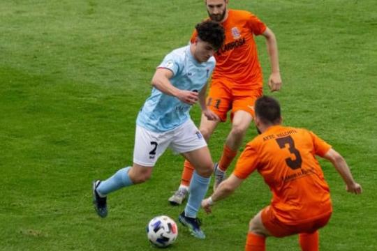 Raúl Sola, en un partido de la pasada temporada con el Brea