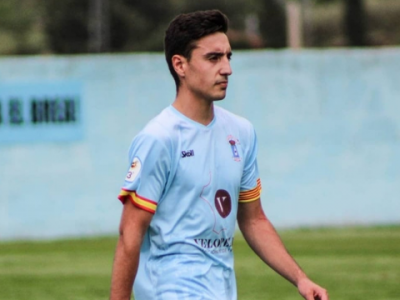 Jorge Pérez, en un partido con el CD Brea la temporada pasada
